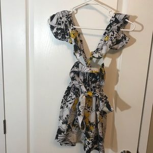 NWT Little miss hot stuff floral overall size 4